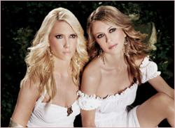 Sasha & Shawna