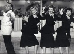 Bing Crosby & Andrews Sisters