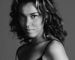 Carla Vallet