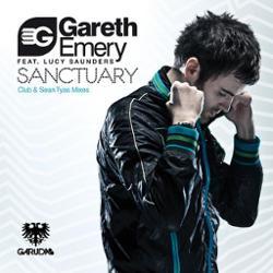 Gareth Emery, Lucy Saunders