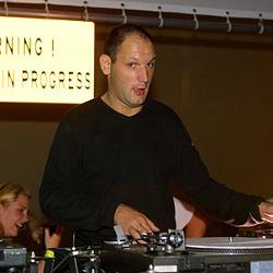 DJ Weirdo & DJ Sim