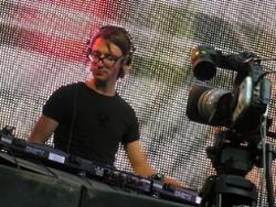 DJ Kubikov