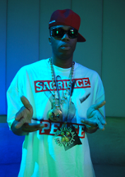 Akon Feat. Kardinal Offishal