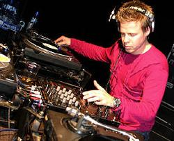 Ferry Corsten Feat. Howard Jones
