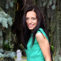 Полина Ростова