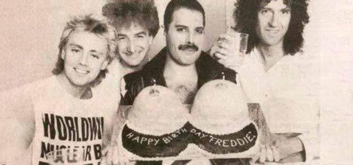 Отмечаем день рождения Фредди Меркьюри!