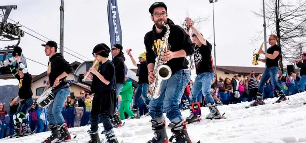 Занятия спортом и игра на музыкальных инструментах. Что общего?
